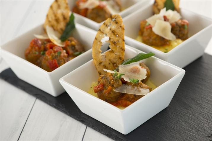 Elior food bowls